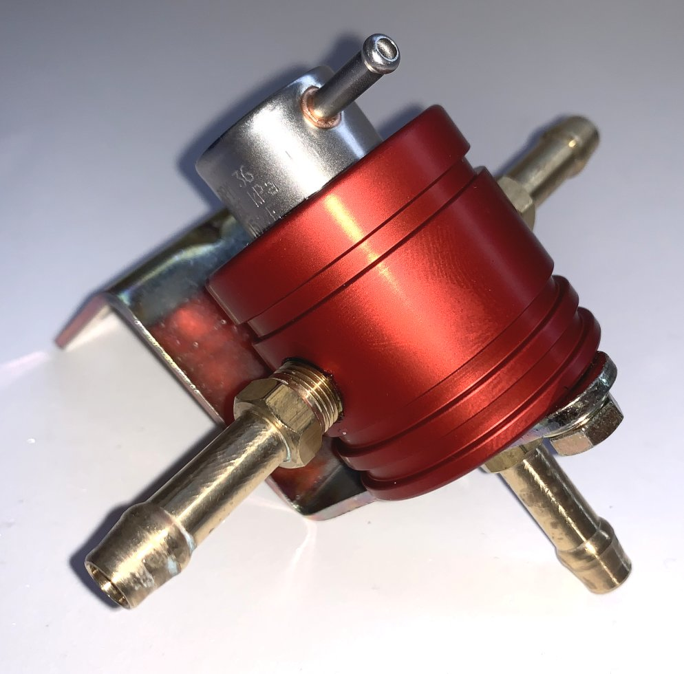 0-5 bar Adjustable Red - Twin Push on fittings